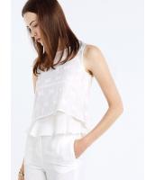 ガーベラレディース ファッション ロマンチック 立体 ぺプラム ショート丈 袖なし 丸首 ブラウス 2点セット(ブラウス+キャミソール) mb10674-2