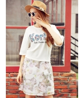 ガーベラレディース Tシャツ・カットソー  韓国風 カジュアル コーデアイテム 文字入り 肌に優しい 通気性 綿質 mb12506-1