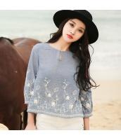 ガーベラ 丸首 刺繍 七分袖 復古 丸い裾 シャツ rp9061-1